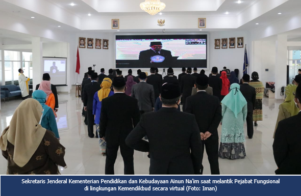 Sekretaris Jenderal Kemendikbud Lantik Pejabat Fungsional di Lingkungan Kemendikbud